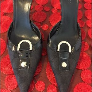 Beautiful women's Gucci strapless Shoes